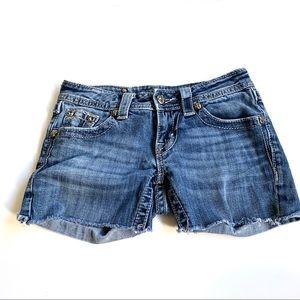 Miss me embellished Denim Short Size 25